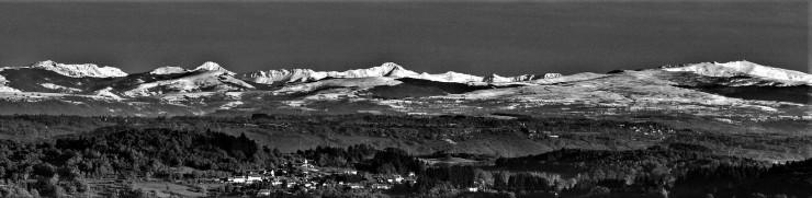 Auvergne_monts du cantal en hivera